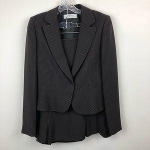 TAHARI Arthur S Levine 2 piece Skirt Suit 6